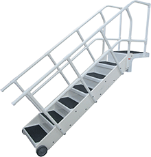 ADA Compliant Aqus Step