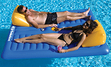 Face-2-Face Swimming Pool Float