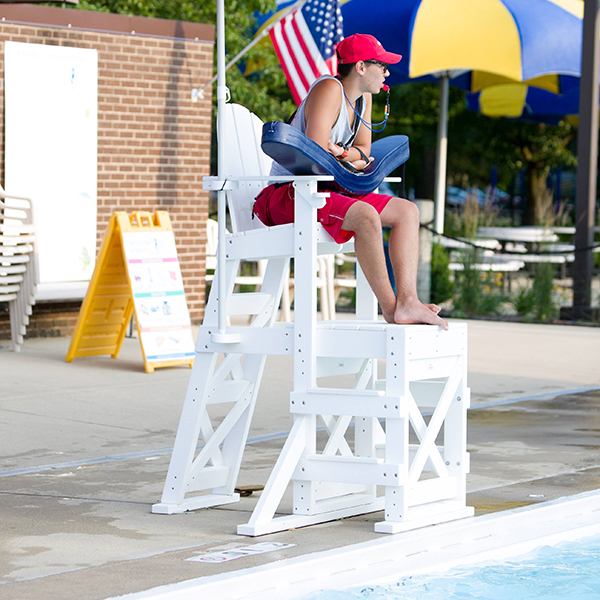 Tailwind MLG520 HDPE recycled plastic lifeguard chair resists fading and will never rot, splinter or need to be painted.